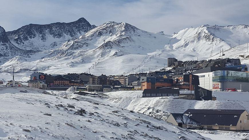 Le village andorran du Pas-de-la-Case qui fait frontière avec la France