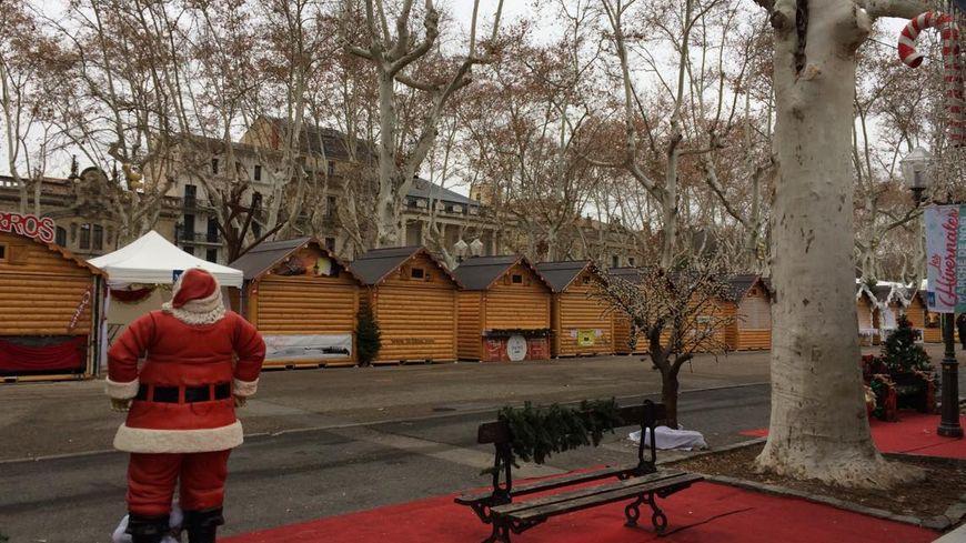 Le lieu du drame, le marché de Noël, sur l'esplanade à Montpellier