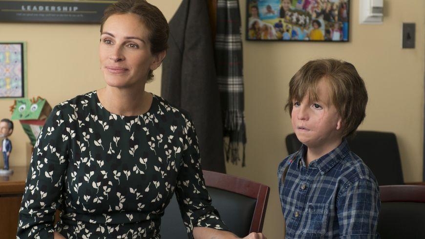Julia Roberts et Jacob Tremblay dans le film Wonder