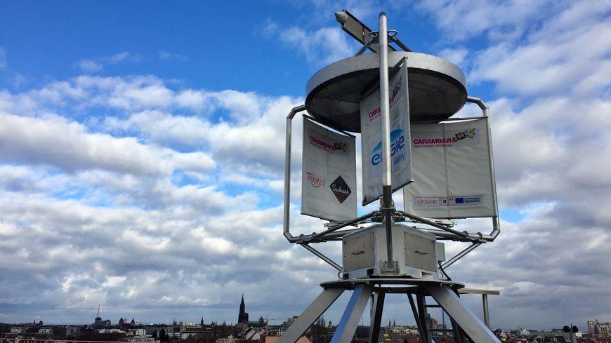 L'éolienne réalisée par la start-up Inergys a été installée sur le toit en juillet dernier