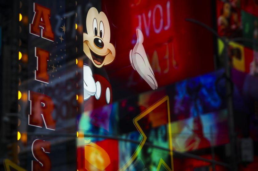 Mickey Mousse, sous ses airs sympathiques une souris aux dents longues..