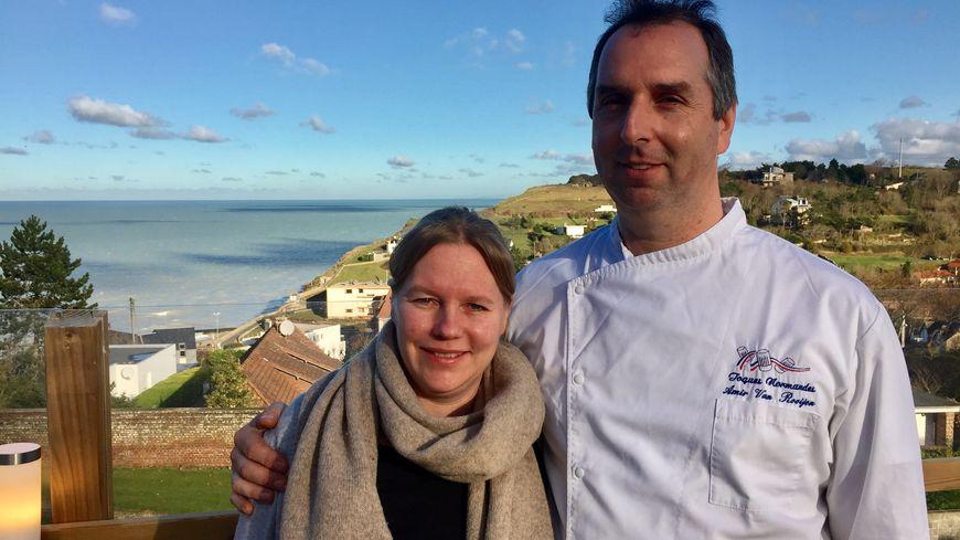 Ça fait sept ans que Natasha et Amir ont repris l'Auberge du Vieux Puits, près de Dieppe.