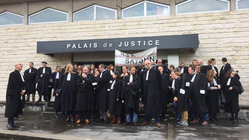 Les avocats de bayonne redoutent la fermeture de leur Tribunal