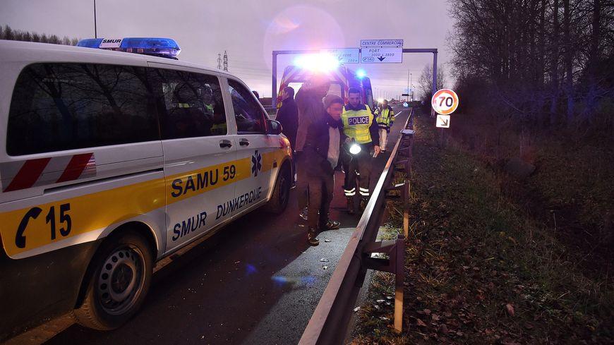 L'accident s'est produit vers 16h45, sur l'autoroute A16 dans le sens Belgique-Dunkerque.