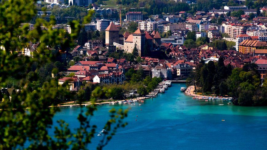 Annecy est désormais la 29e ville française en terme de population, selon les derniers chiffres du recensement qui intègrent la fusion des communes de l'ex-agglomération