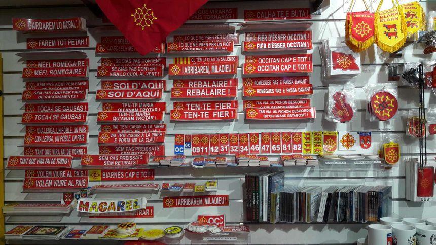 Pegasolets (autocollants) en occitan à la boutique Macarel