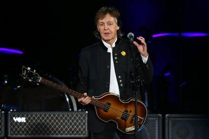 """Paul McCartney pendant sa tournée """"One On One"""" le 2 décembre 2017 à Perth, en Australie."""