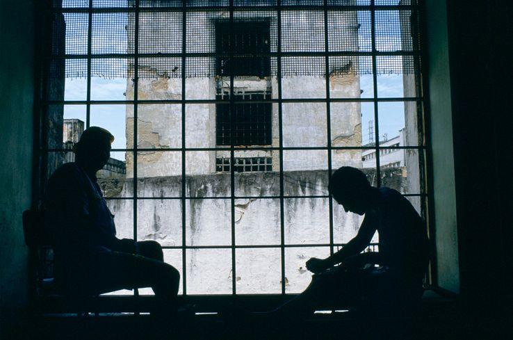 Au Brésil, un détenu gagne quatre jours de détention pour chaque livre lu.
