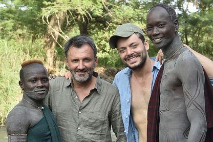 Frédéric Lopez et Kev Adams chez les Suris d'Ethiopie