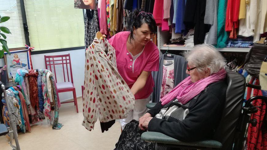 """Une boutique dans la maison de retraite de l'hôpital de Saint-Hilaire-du-Harcouët pour """"faire comme avant"""""""