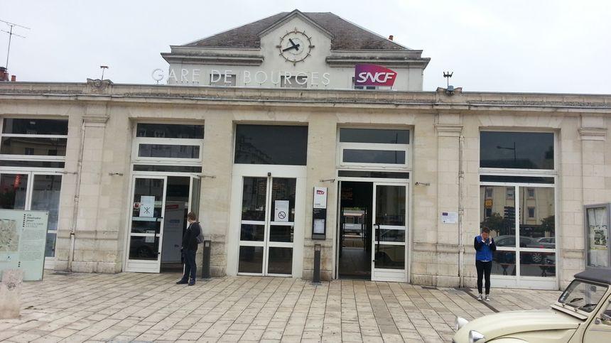 La gare de Bourges (Cher).