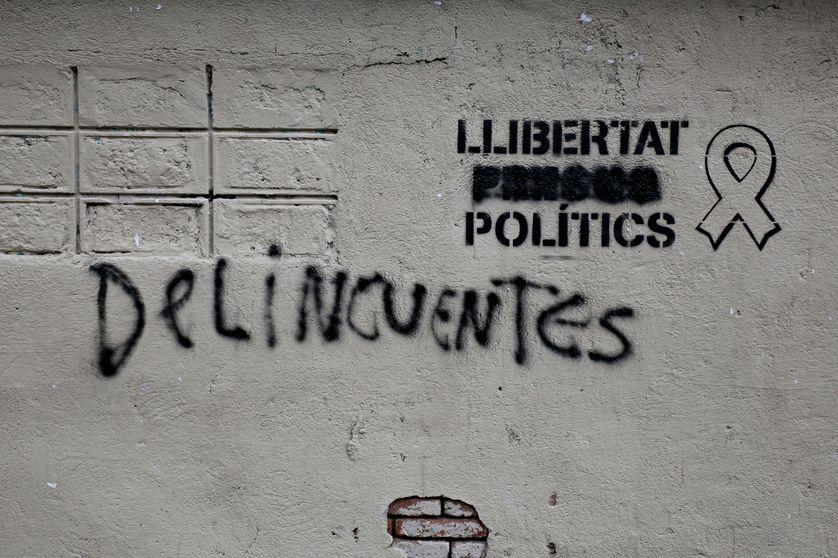 Graffiti sur un mur de Barcelone, à la veille des élections en Catalogne