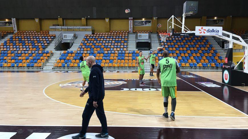 L'OLB à l'entraînement avant son match contre Charleville-Mézières.