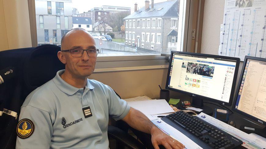 Le capitaine Gilles Maurer, en charge de la page Facebook des gendarmes d'Ille-et-Vilaine