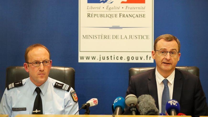 Conférence de presse au palais de justice de Chambéry avec le colonel Pascal Claisse et le procureur Thierry Dran qui a mis en examen N. Lelandais pour assassinat.
