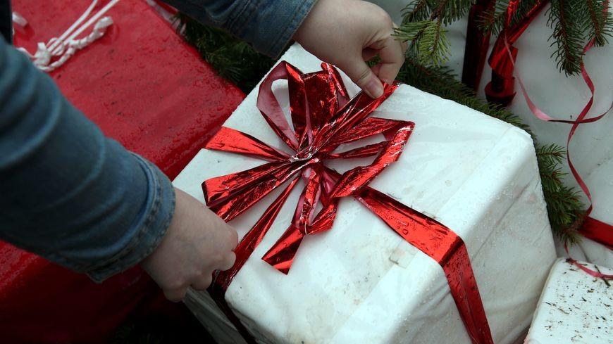 Pour les Français, il est souvent difficile de trouver le cadeau idéal pour la personne avec laquelle on partage sa vie