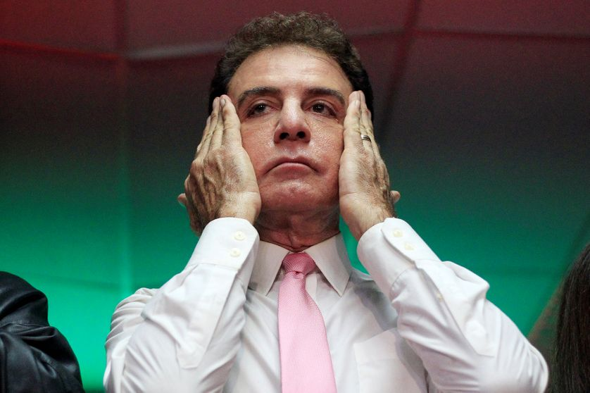 Salvador Nasralla Salum, ingénieur, présentateur de télévision, candidat de l'opposion de gauche et du parti anti-corruption, a des parents d'origine paslestinienne