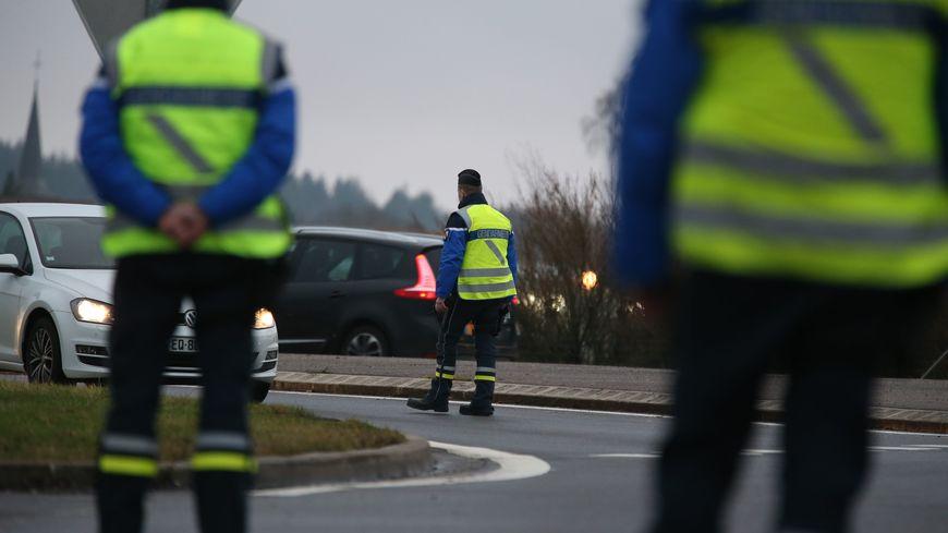 Les gendarmes vosgiens ont immédiatement confisqué le véhicule des deux conducteurs