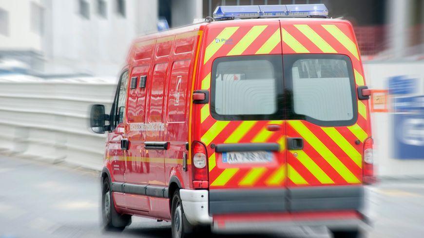 Les pompiers sont intervenus très rapidement ce jeudi matin et ont transporté l'enfant au CHU d'Amiens (illustration)