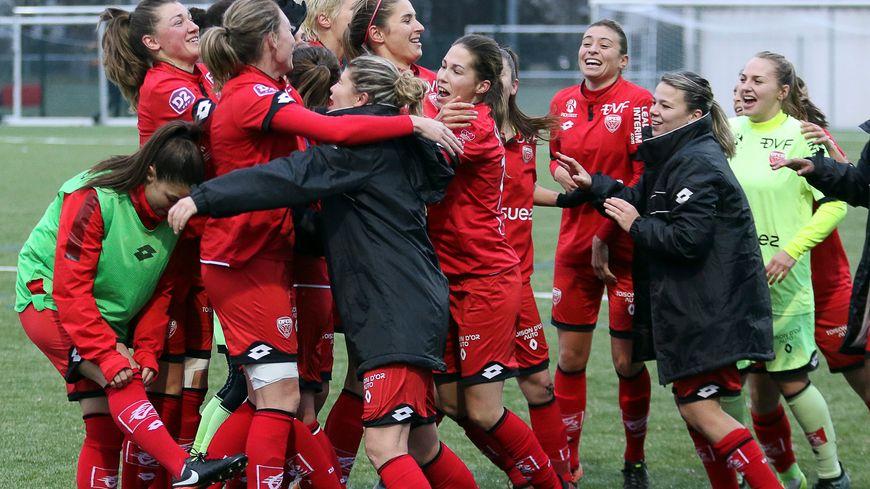 Les filles du DFCO lors de leur précieuse victoire sur Grenoble début décembre