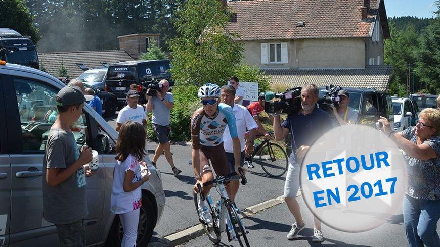 Romain Bardet, chouchou des spectateurs du Tour de France au Chambon-sur-Lignon, le 17 juillet 2017.