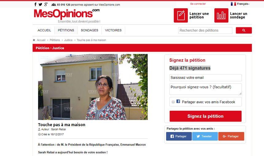 """Sarah Rebaï a lancé une pétition, """"Touche pas à ma maison"""", le 16 décembre dernier."""