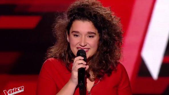 """Agathe et sa reprise de """"Je dis aime"""" de Matthieu Chedid avait enflammé le plateau de The Voice et conquis 6,8 millions de téléspectateurs."""