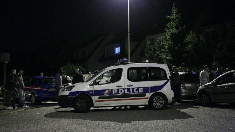 L'attaque a eu lieu au domicile des victimes, à Manganville dans les Yvelines