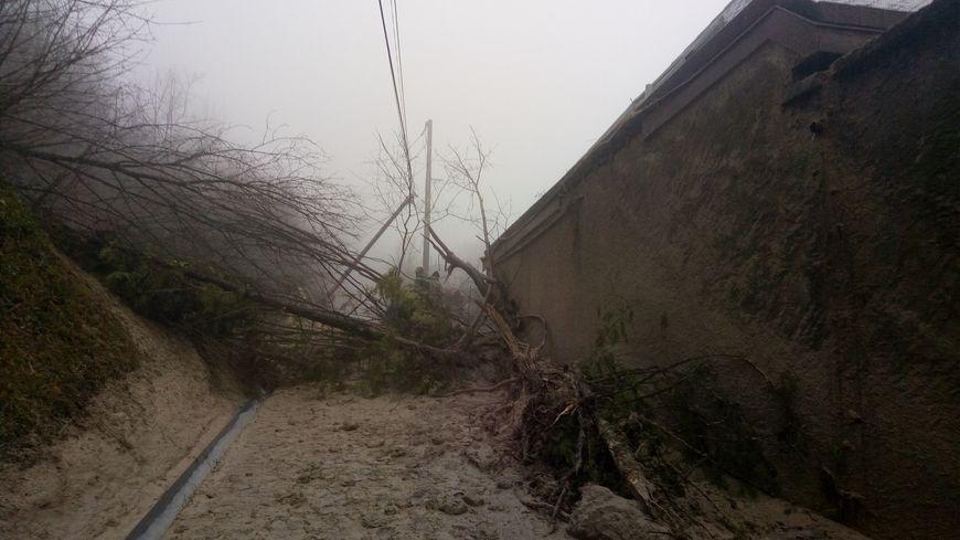 Une coulée de boue a emporté en grande partie une maison à Claix