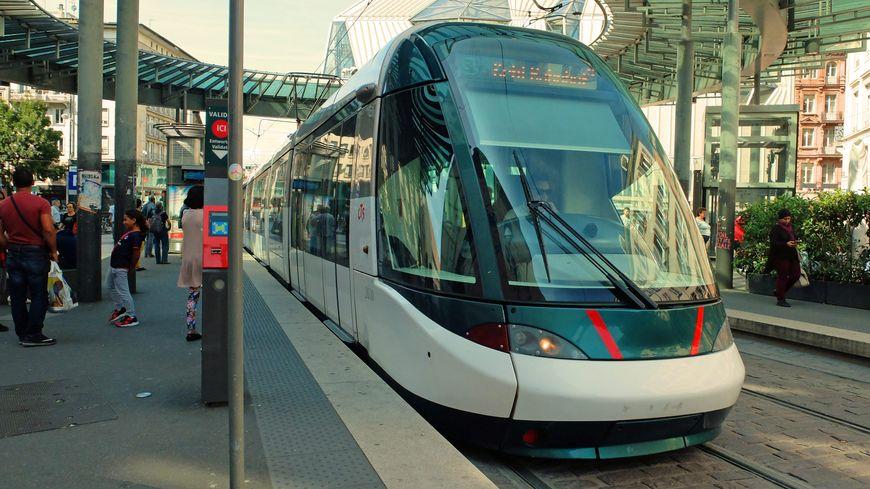 Un tramway de la CTS à Strasbourg, en août 2017