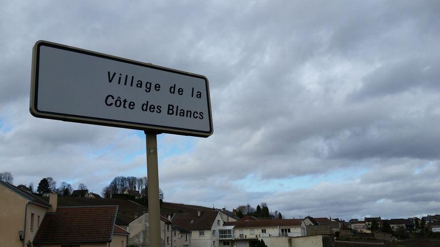 """Le nom """"Côte des Blancs"""" pour la commune nouvelle est abandonné."""