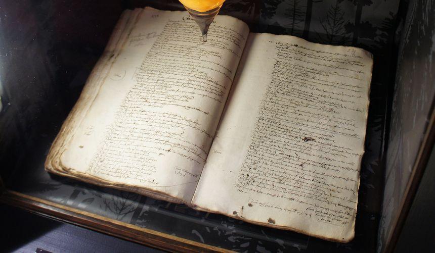 La première mention du sapin de Noël est dans ce document conservé à la Bibliothèque Humaniste
