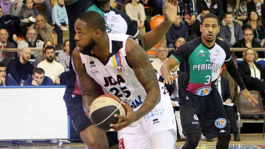 Darnell Jackson face à Dijon