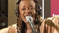 """Sally Nyolo interprète """"Le faiseur de pluie par tous les temps"""""""