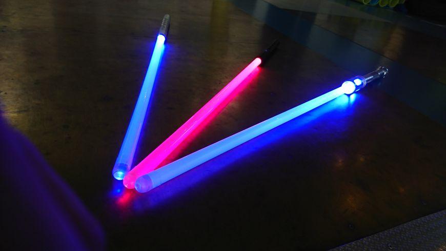 Un sabre laser d'entraînement coûte au minimum une centaine d'euros