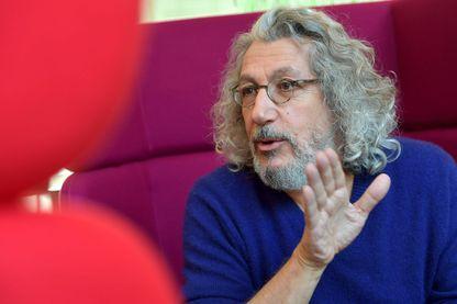 """Alain Chabat, invité chez Ouest France pour la promotion du film """"Santa & Cie"""""""