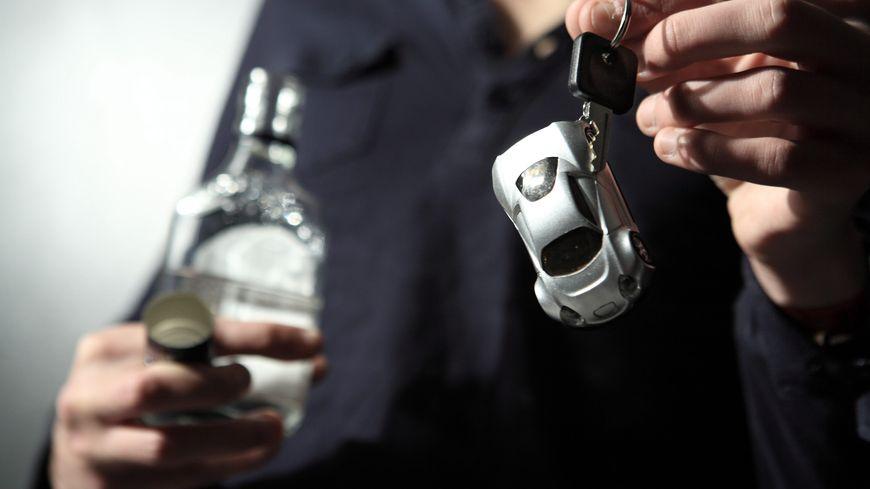 Seulement 4 personnes qui ont prévu de boire au de l'alcool au réveillon sur 10 ont prévu une solution pour rentrer en sécurité.