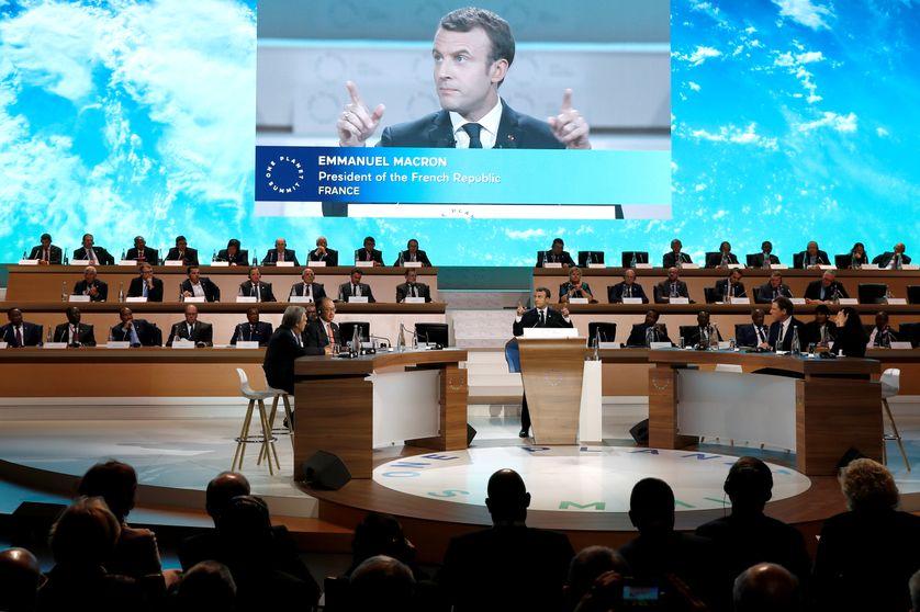 Emmanuel Macron French President Emmanuel Macron, discours devant la session plénière du One Planet Summit (La Seine Musicale sur l'île Seguin à Boulogne, 12 décembre 2017)