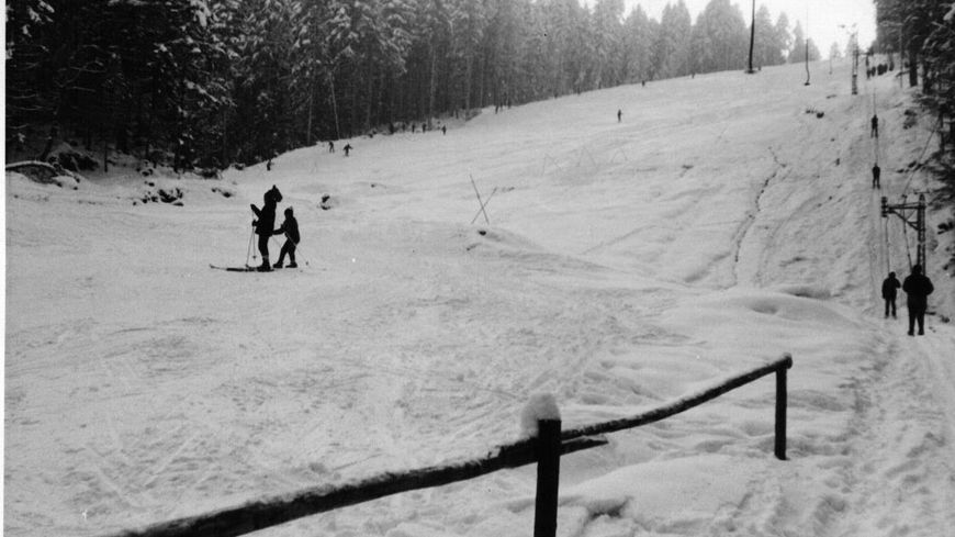 La piste du Haut-du-Tôt en service en 1966 - Photo fournie par l'Association du téléski au Haut-du-Tôt