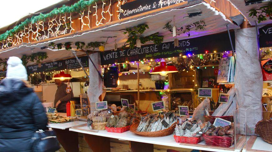Les artisans corses du marché de Noël de Montbéliard ne repartiront que le 25 pour les premiers d'entre eux