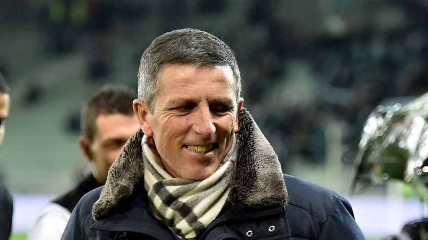 Avec beaucoup d'humour et d'ironie, l'entraîneur strasbourgeois Thierry Laurey a décrit la difficulté de la tâche qui attend le Racing face à l'ogre parisien