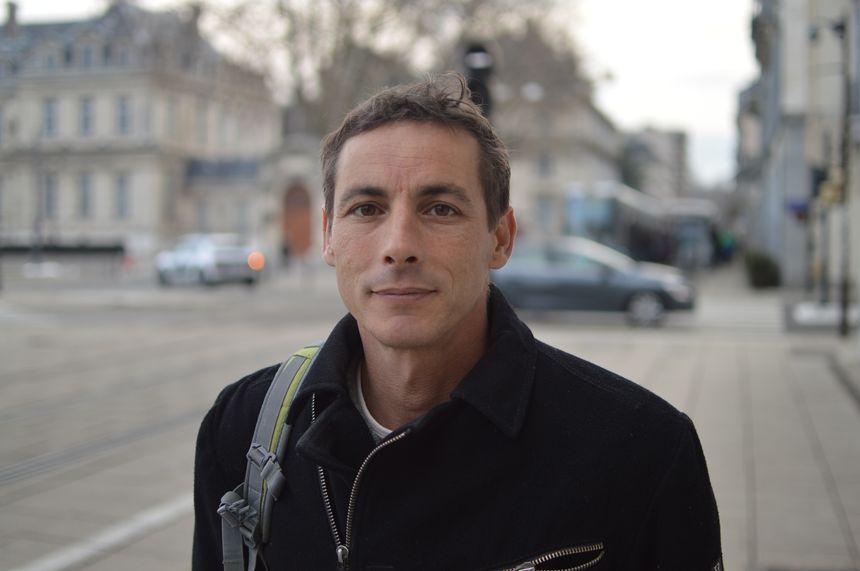 Philippe Leeuwenberg est le président du collectif de défense de la maternité de Die.