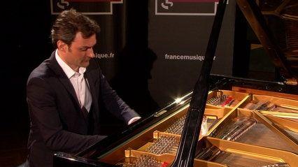 Scriabine | Prélude op. 16 n° 1 par Ivan Ilic