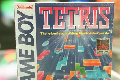 La couverture du jeu Nintendo Game Boy, 'Tetris.'