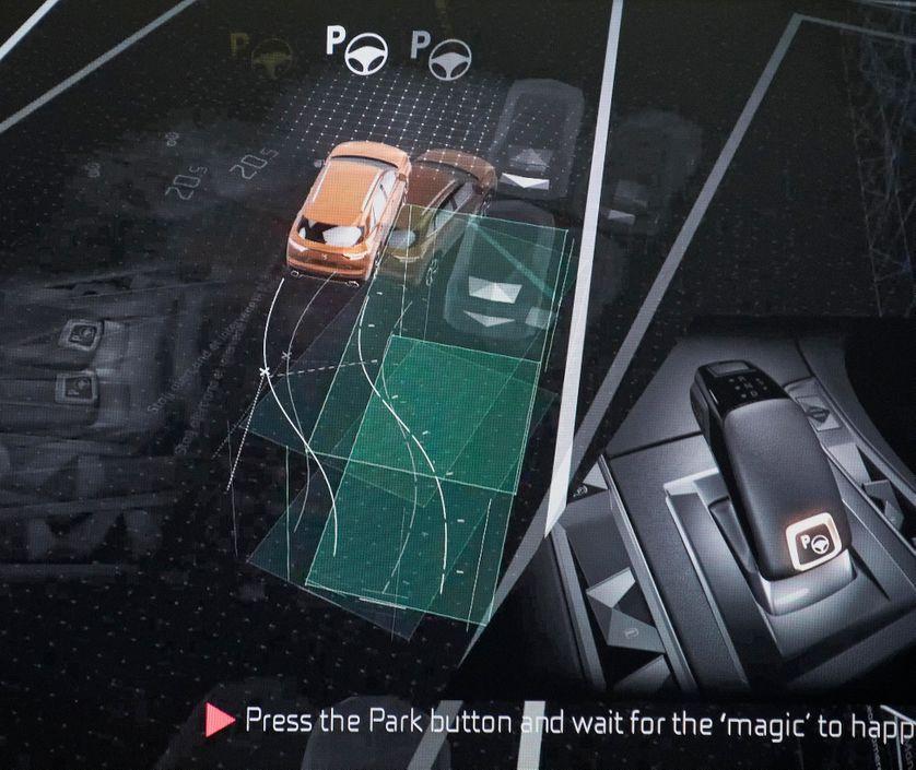 Le marché de la voiture autonome fait débat.