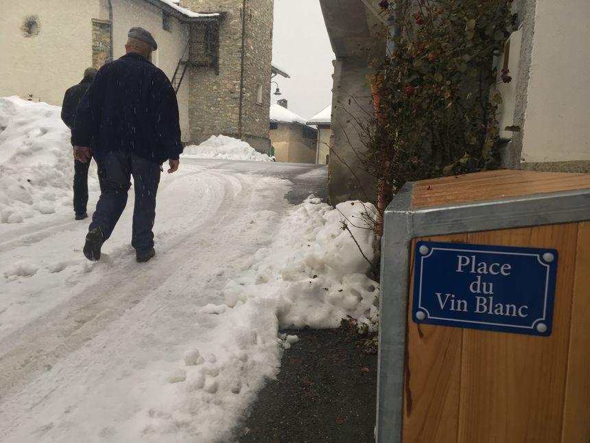 La rue principale de Champ-Laurent