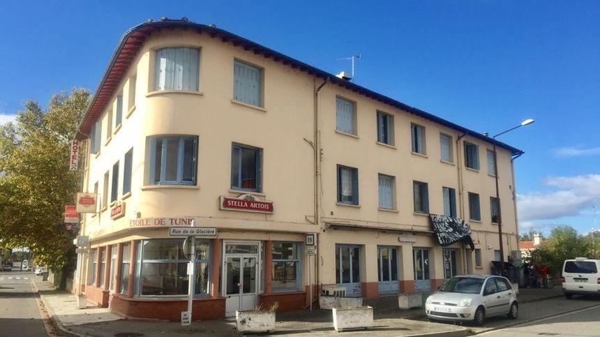 L'hôtel squatté impasse de la Glacière à Toulouse
