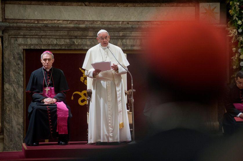 Cérémonie de Noël du Pape François devant la curie romaine le 21 décembre 2017