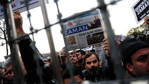 De la Turquie à la Hongrie : quand l'Etat bâillonne la presse