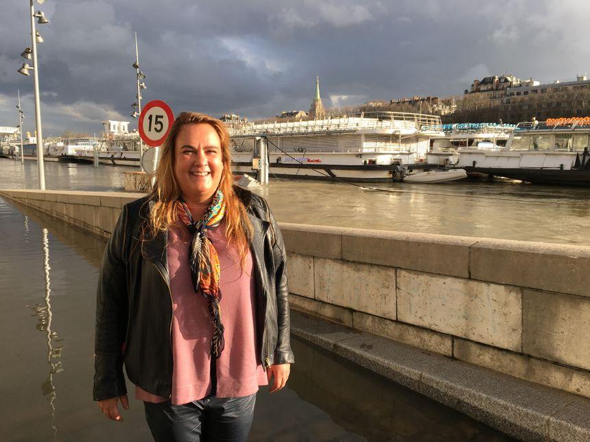 Selon Charlotte Bruel, la patronne de la Compagnie des bateaux-mouches, la décrue n'est pas synonyme de reprise de l'activité.